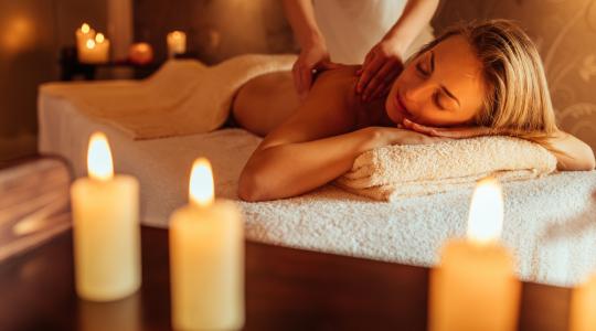masaż kobiety - zmysłowy masaż - jak przygotować masaż erotyczny